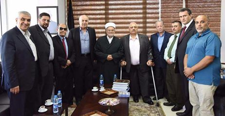 وفد مقدسي برئاسة الشيخ الدكتور عكرمة صبري يزور رئيس بلدية البيرة.